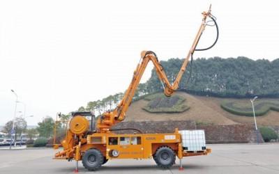 中联重科首台国产化CIFA湿喷机下线